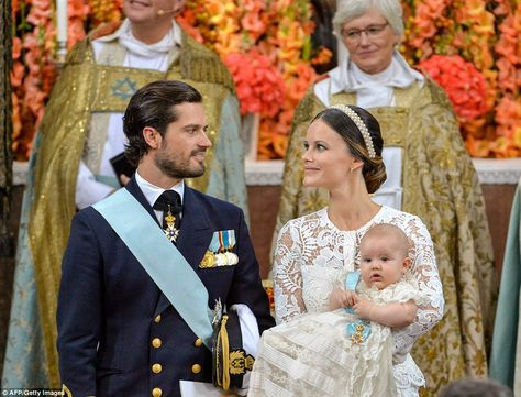 Prince Carl Philip looked lovingly at Princess Sofia, who held their son, Prince Alexander, during the ceremony