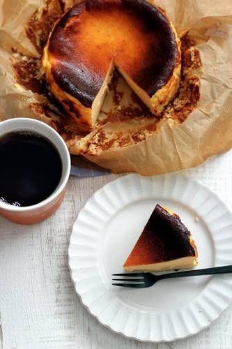 小嶋ルミさんの「バスク風チーズケーキ」