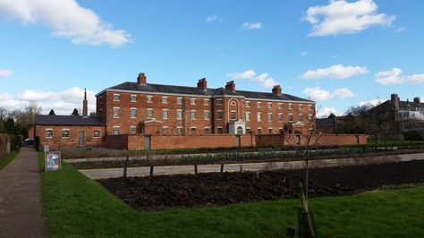 Southwell Workhouse (NT)