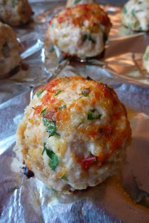 Amazing Chicken Parm Meatballs..perfect for holiday parties! #softfoodrecipe #appetizers