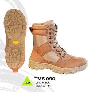 Trekking Sepatu Gunung Hiking Boot Adventure Pria Tms 090