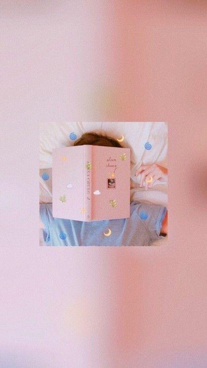 Random Girl Emotion Fonds D Ecran 153 Photos Note De Defilement In 2020 Aesthetic Wallpapers Soft Wallpaper Aesthetic Iphone Wallpaper