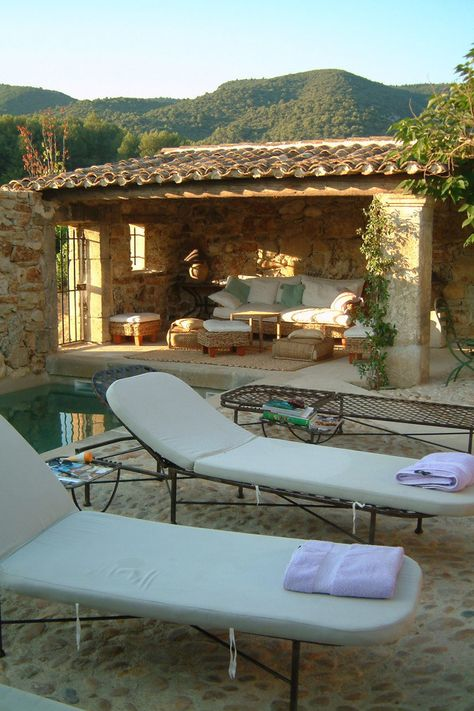 Villa Grenache  - Bastide de Marie : luxury 4-star hotel in Provence (France)---tile roof, mediterranean style
