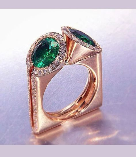 Brand New Unique Rose Gold Emerald Cocktail Ring. Size 9 1/2