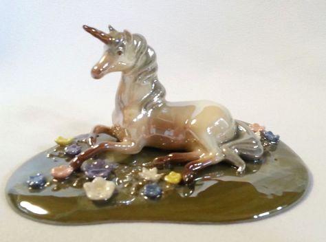 "Mother and Baby Unipeg Rainbow Pegasus Unicorn Figurine 6.5/""L Resin New In Box!"