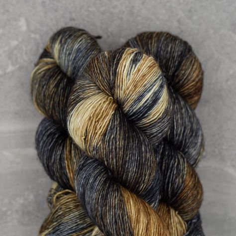 Weeds Fingering Weight Naturally Dyed 100/% Non-Superwash Merino Wool 4ply