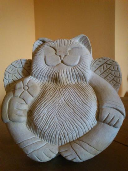 gato esculpido en piedra  piedra tallada
