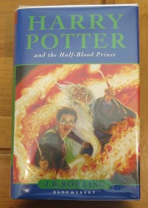 Harry Potter And The Sorcerer S Stone By Rowling J K Joanne