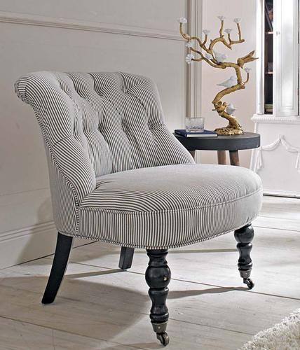 So Finden Sie Den Besten Kleinen Sessel Fur Das Schlafzimmer