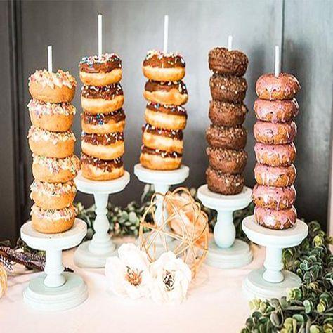 Creative Wedding Favors, Unique Wedding Favors, Boho Wedding, Wedding Blog, Handmade Wedding, Buffet Dessert, Dessert Table Decor, Dessert Party, Party Buffet