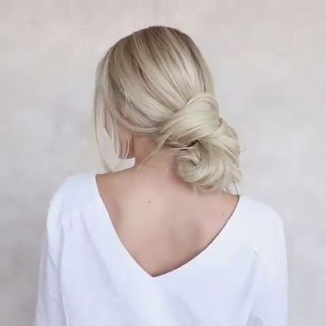 15 Easy Hairstyles For Long Hair - #hairstyles - #HairstyleDIYShort
