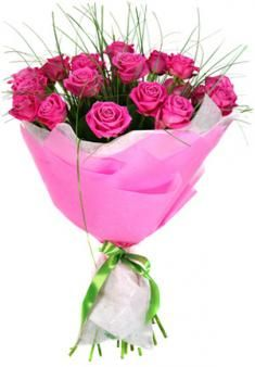 Send Valentine Flowers To Lucknow Contact At 8288024441 Or Visit Https Www Lucknowflorist In Valentines Flowers Sent Valentine Flowers