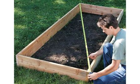 Build A Raised Bed Garden In 10 Easy Steps Gardening Tractor Supply Co Square Foot Gardening Raised Garden Beds Raised Garden Bed Plans