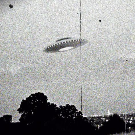 Framed Print - Vintage Photo of an Alien UFO (Picture Poster Space Travel Ancient Aliens, Aliens And Ufos, Ancient History, History Medieval, Haunted History, Tudor History, European History, British History, American History