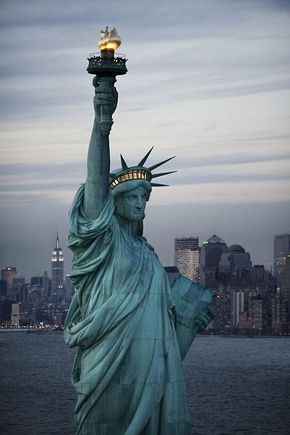 The Beautiful Lady of New York.  The Statue of Liberty.  2.3. 2019   www.nco.is  NCO eCommerce, IoT www.netkaup.is