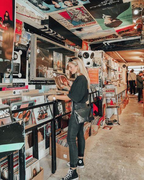 6,921 отметок «Нравится», 66 комментариев — Isabella Thordsen (@isabellath) в Instagram: «Vinyl shopping in Århus yesterday »