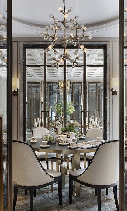 Pin By Livye With ℒ ɣye On Dining Rooms In 2020 Elegant Dining Room Luxury Dining Room Dining Room Interiors