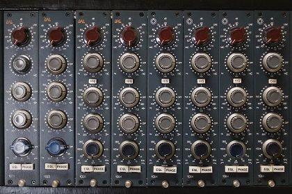 Buyer S Guide Bae Audio Https Vintageking Com Blog 2019 10 Buyers Guide Bae Audio Studiolife Buyers Guide Instagram Posts