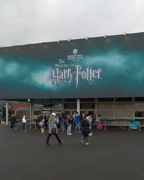¿Con ganas de conocer los Estudios de Harry Potter? En Holidayguru os mantendré informados de las mejores ofertas para verlo en primera persona ¡la mejor experiencia para los fans de Harry Potter os espera! #harrypotter #tourharrypotter #estudioswarner #tourlondres #londres #queverenlondres #warnerbros #studiotour #london #superfans #holidayguru