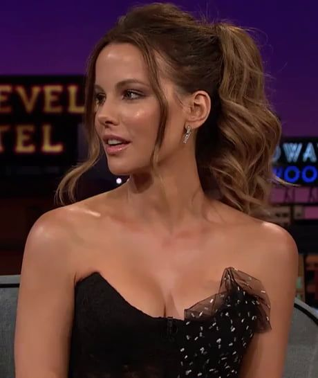 Hot and Curvy Kate Beckinsale