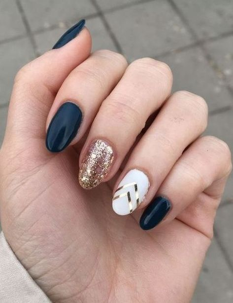Black White And Gold Nail Art Idea Almond Acrylic Nails Glitter Accent Nails Almond Nails Designs