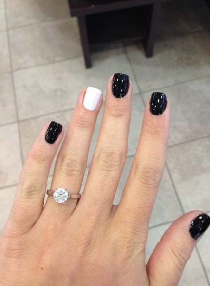 Nails Colors Gelish Black White 38 Super Ideas Simple Nails White Nails White Nail Designs