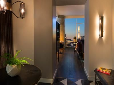 Nashville Tn Thompson Hotels This Week Opened Here A Luxury Boutique Hotel