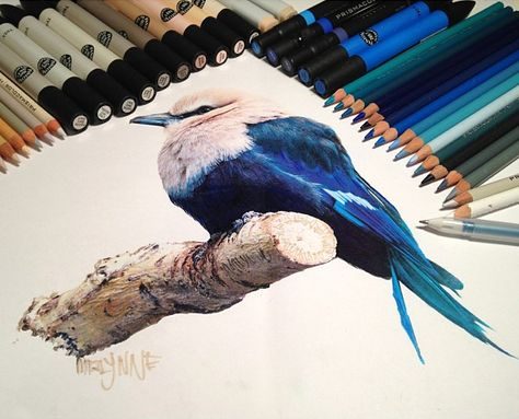 Hyperrealism with pencil by Karla Mialynne. Her impressing paintings are mostly created with watercolor pencils, colored markers and acrylic paint.