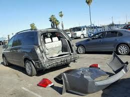 Image Result For Rear Crashed Nissan Quest Chrysler Pacifica