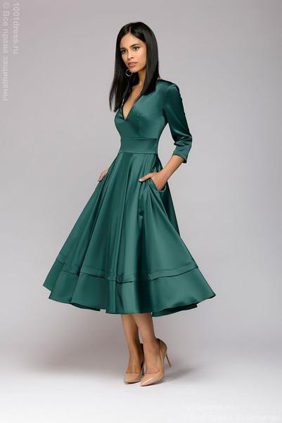 Midi length dress with deep cut; Green colour – Sainal dress Midi length dress with deep cut;
