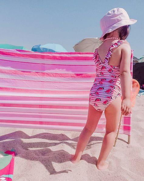 BEACH LOOK  E por aí também há marias vaidosas na praia!?  #babyD #blog #mãedemenina #mummylife #babygirl #mamãs...