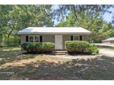 Mississippi Tupelo Home For Sale Ownerwillcarry Foreclosure Pannell Ave Tupelo Ms 38801 Single Family Home 2bd 1b Rent To Own Homes Home Foreclosures
