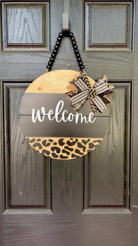 Wooden Door Signs, Front Door Signs, Wooden Door Hangers, Porch Signs, Front Door Decor, Wreaths For Front Door, Wooden Doors, Front Porch, Diy Wooden Sign