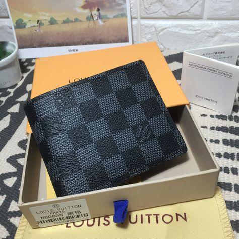dc79bafd4ef Louis Vuitton lv man short wallet leather 1 1