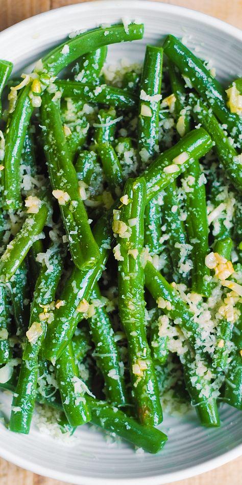 Garlic Green Beans with Parmesan Cheese #greenbeans #parmesan #garlic #lemon #oliveoil #sidedish #side #easyside #easysidedish #sidedishrecipe #easyrecipe #healthysidedish #healthyside