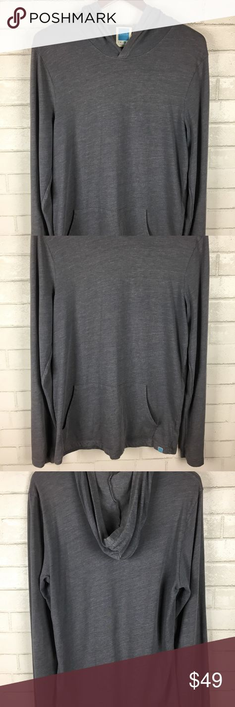 """Jason Scott Men's Lightweight Hoodie Jason Scott Mens Lightweight Hoodie Size XL Long Sleeves Gray Kangaroo Pocket  Condition: Excellent Used Condition.  Tag Size: XL Measurements: - Armpit to armpit: 19"""" - Length: 28.5""""  Please follow me and check out my other items! Thank you for shopping! jason scott Shirts Sweatshirts & Hoodies"""