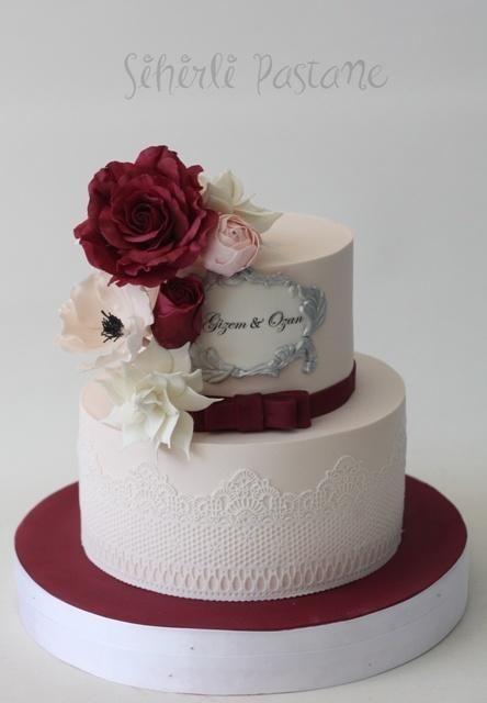Burgundy Sugar Rose Cake - Cake by Sihirli Pastane