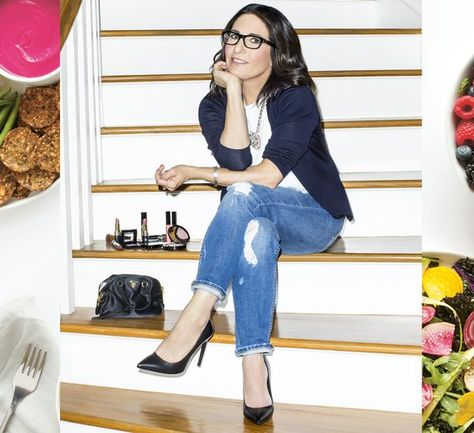 Makeup guru Bobbi Brown shares her top beauty foods, her daily breakfast, and a recipe for her Ultimate Beauty Smoothie.