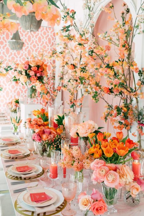 WedLuxe Magazine In Living Coral Turquoise Color, Turquoise Coral Weddings, Wedding Trends, Wedding Designs, Wedding Ideas, Coral Wedding Decorations, Peach Wedding Decor, Coral Wedding Themes, Calla