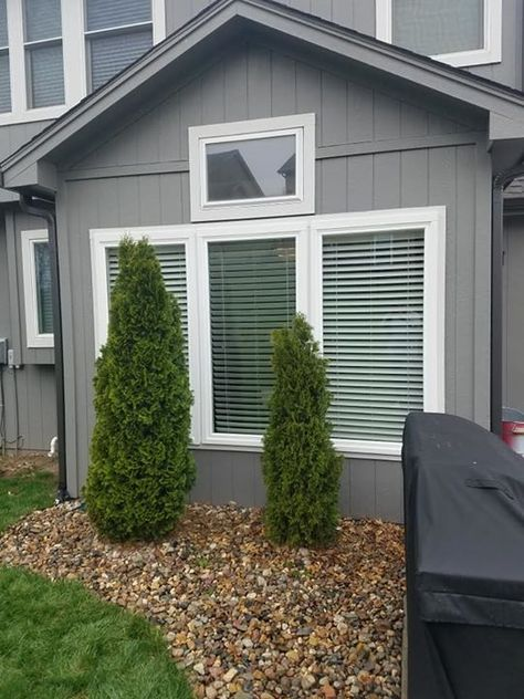 Thinking About Ways To Spruce Up Your Home This Spring Consider Replacement Windows From Rolox Home Service Llc Like These Vinyl Siding Outdoor Decor Outdoor