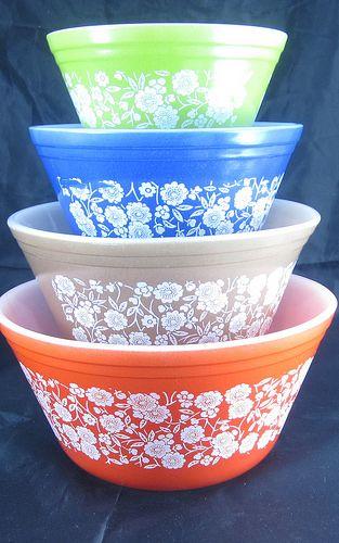 Federal glass. | Crazy bowl lady | Flickr Pyrex Vintage, Vintage Bowls, Vintage Kitchenware, Vintage Dishes, Vintage Glassware, Plywood Furniture, Pyrex Bowls, Pip Studio, Glass Kitchen