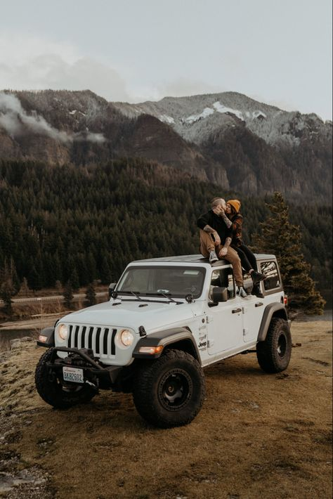 Oregon and all its beauty came through for these guys engagement session by the Columbia River Gorge with their Jeep Auto Jeep, Jeep Cars, Jeep Jk, Dream Cars, My Dream Car, Dream Life, Luxury Car Rental, Luxury Cars, White Jeep