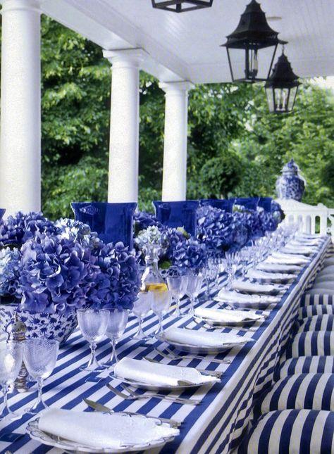 blue white tablescape.