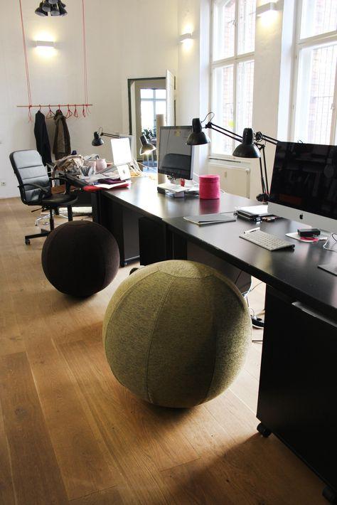Im Test Die stylischen VLUV Design Sitzbälle Schreibtische, Hof - buro schreibtisch designs steigern