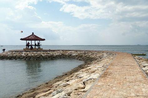 Gambar Pantai Sanur Bali Tidak Hanya Pemandangan Matahari Terbit Pantai Sanur Juga Memiliki Pasir Putih Ya Liburan Pantai Pemandangan Yang Indah Pemandangan