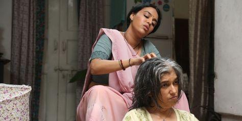 Swara Bhaskar gives head massage to Ratna Pathak Shah on the sets of Nil Battey Sannata!   News Patrollings