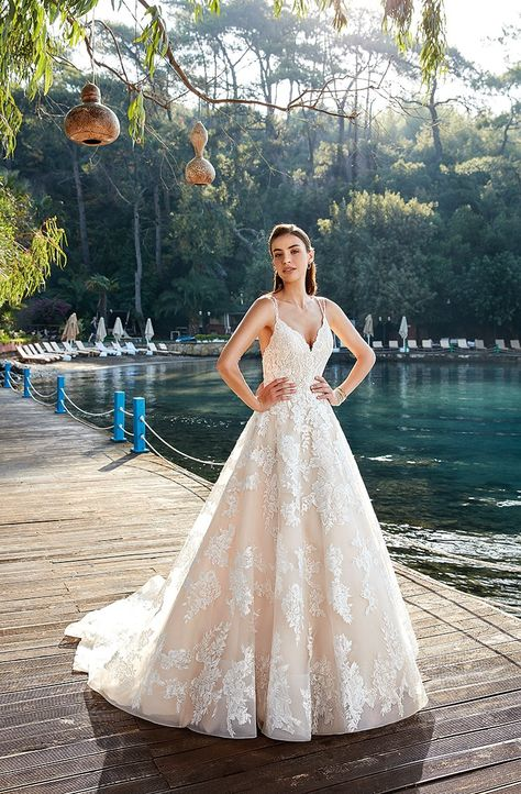 Vestido De Novia Línea A Marca Eddyk Colección 2019