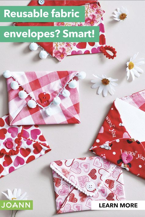 This craft answers the dilemma of adding a treat to your valentine. Don't worry about tape, these cute reusable fabric envelopes are perfect for cards plus candy. My Sweet Valentine, Valentine Crafts For Kids, Valentine Wreath, Valentines Day Decorations, Crafts For Girls, Valentine Gifts, Funny Valentine, Fabric Envelope, Fabric Cards