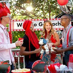 Our school spirit accessories like over-the-top wigs, hats, suspenders and boas will earn your grad party an A+!