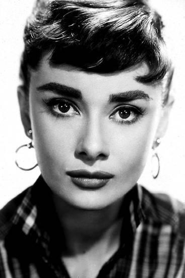 Audrey Hepburn Photo Globe Photos Llc Allposters Com Audrey Hepburn Photos Audrey Hepburn Style Hepburn Style